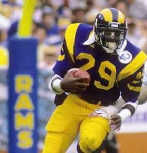 yellow_blue_uniform_running_rams